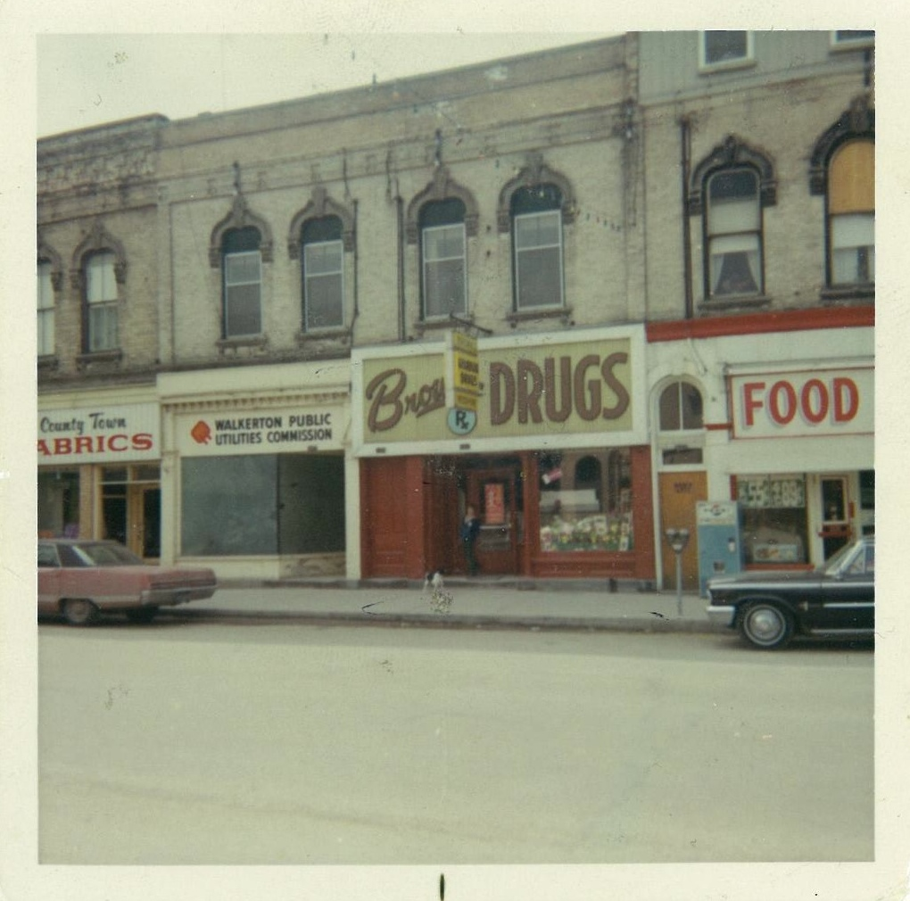 Brown's Drugs